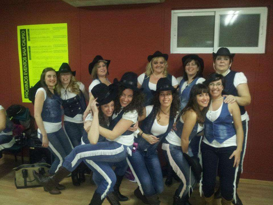 3Feb2012 Actuacion Salsa Cow Sala Calipso